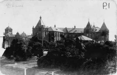 Porirua Psychiatric Hospital Main Building, 1910. Image Courtesy of © PORIRUA HOSPITAL MUSEUM AND RESOURCE CENTRE TRUST 2011